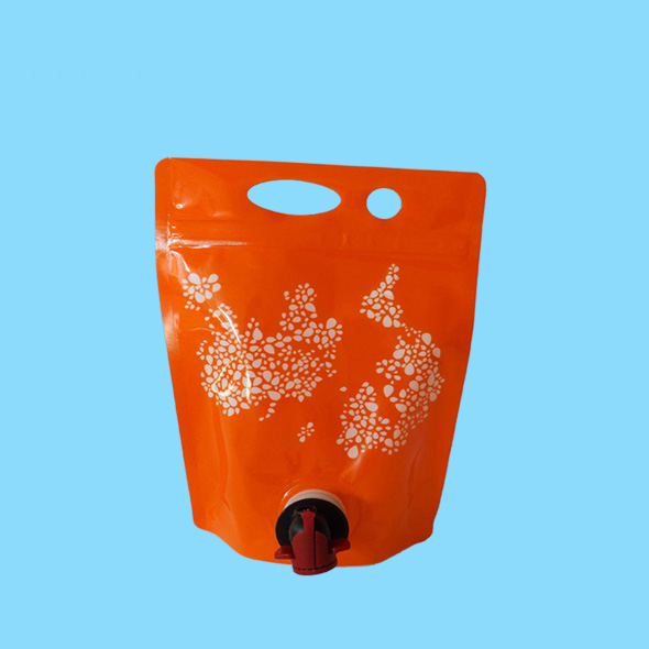 Plastic win bag pouches with nozzle