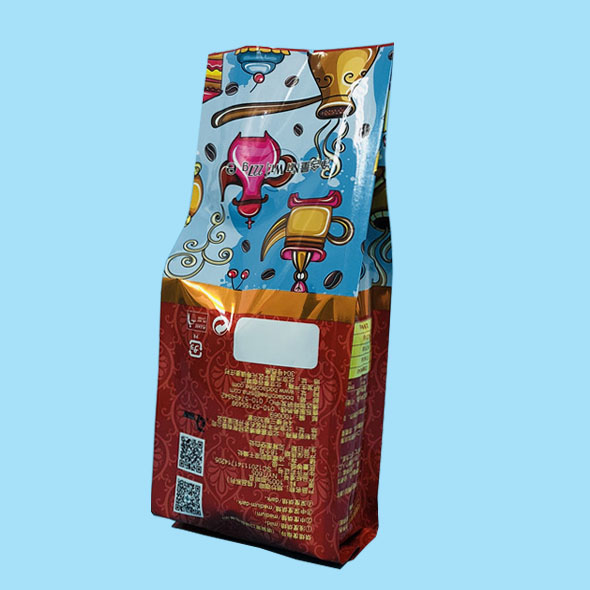 Quad seal gusseted coffee pouches